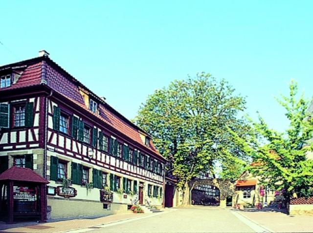 Weinstube & Gästehaus Lutz
