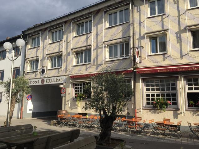 Hotel-Brauhaus Wallhall