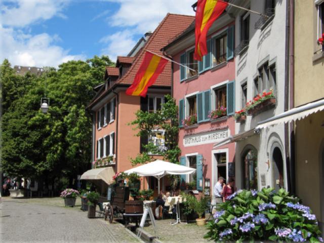 Gasthaus + Hotel zum Hirschen