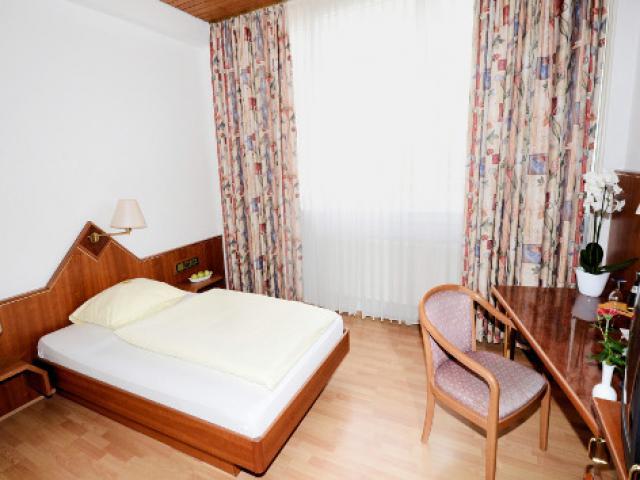 Newa Hotels GmbH