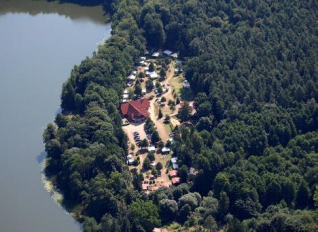 Campingplatz und Uferpflege