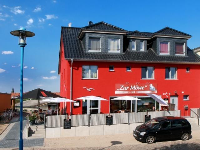 """""""Zur Möwe"""" - Pension - Café - Bistro"""