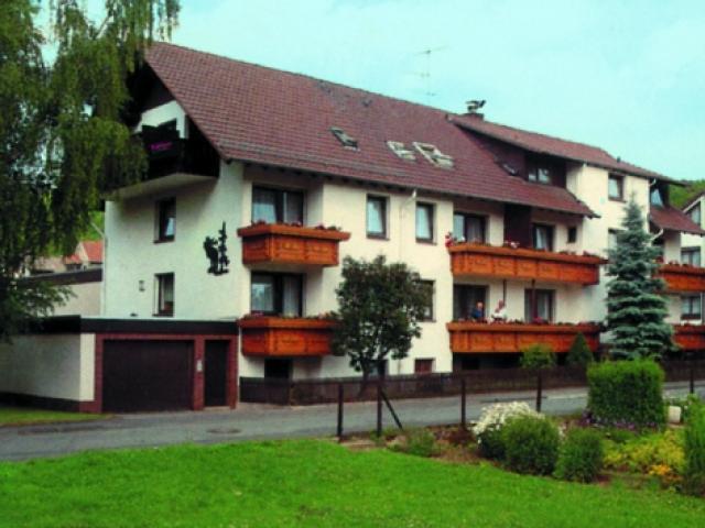"""Land gut Hotel Zur Warte  und Heuhotel """"Märchenscheune"""""""