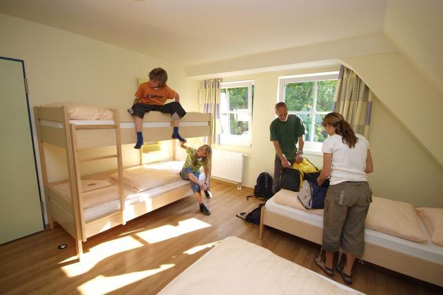 Naturschutz-Jugendherberge Familien- und JGH