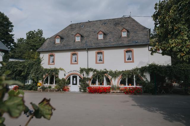 Hotel und Weingut Karlsmühle