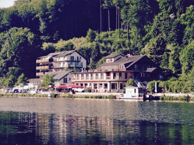Hotel & Restaurant Roter Kater & Graue Katze
