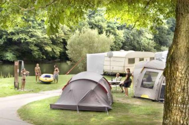 Camping um Salzwaasser Born