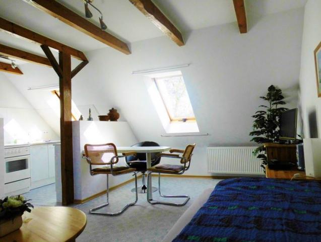 Ferienzimmer & -wohnung am Schloss