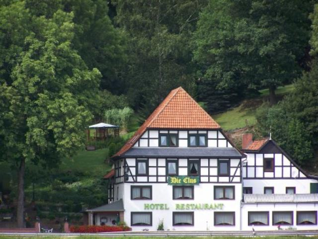 """Hotel-Restaurant """"Die Clus"""""""