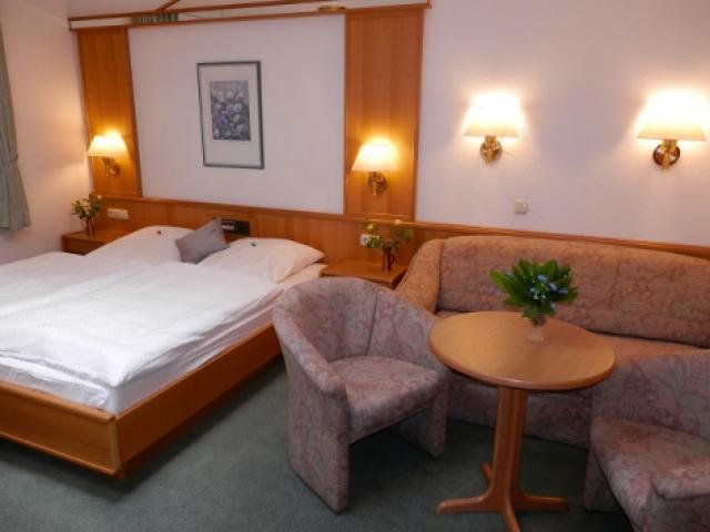 PHV GmbH Hotel garni