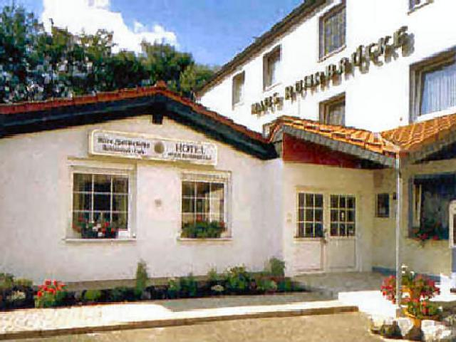 "Hotel ""Haus Ruhrbrücke"""
