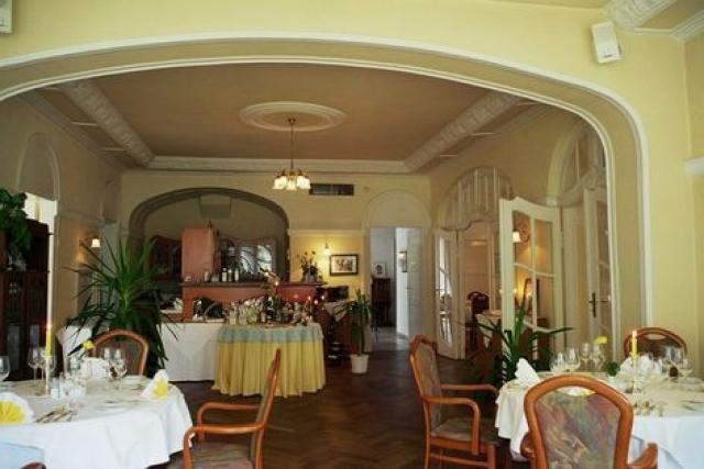 Hotel & Restaurant Bellevue