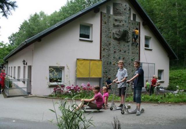 """AWO-Schullandheim """"Am Schäferstein"""" Limbach/ V."""