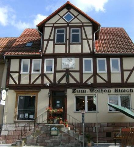 Gasthaus Zum Weißen Hirsch + Pension Erna