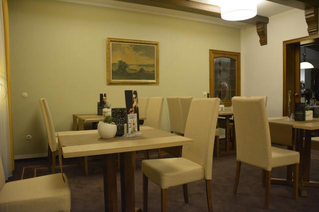 """Hotel Restaurant """"Zur Post"""""""