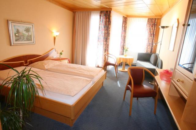 Hotelbetriebe Weiss