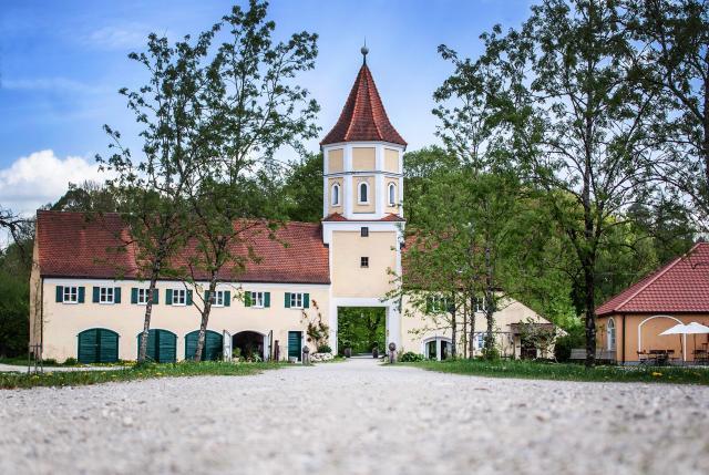 Schlosshotel & Gasthaus Blumenthal